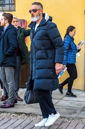 How to Wear Black Socks For Men: Wear a navy puffer coat and black socks if you're searching for a look idea for when you want to look casually cool. If you wish to easily perk up this ensemble with shoes, why not add white low top sneakers to your getup?