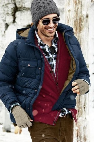How to wear: navy puffer jacket, burgundy cardigan, black and white plaid long sleeve shirt, black crew-neck t-shirt