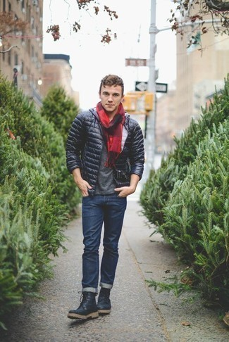 Men's Looks & Outfits: What To Wear In 2020: Go for a simple but refined option by teaming a navy lightweight puffer jacket and navy jeans. Send your ensemble down a less formal path by finishing with navy leather work boots.