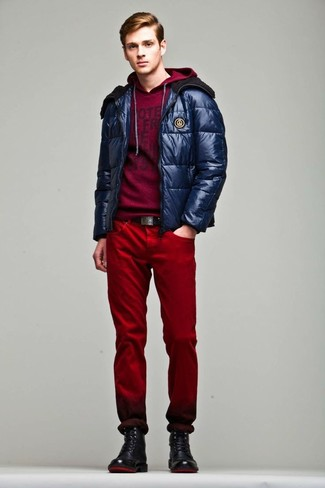 How to Wear Red Jeans For Men: A navy puffer jacket and red jeans worn together are a match made in heaven for those who prefer effortlessly elegant styles. This ensemble is finished off nicely with a pair of black leather casual boots.