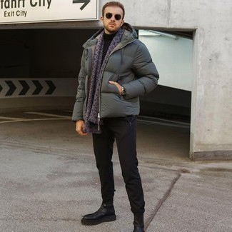 500+ Smart Casual Outfits For Men: This combination of a dark green puffer jacket and black chinos is a solid bet when you need to look casually neat in a flash. And if you need to immediately perk up this look with a pair of shoes, introduce black leather chelsea boots to this outfit.