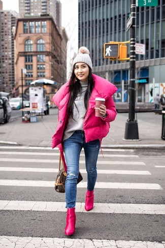 How to Wear a Grey Beanie For Women: Pair a hot pink puffer jacket with a grey beanie for a killer and trendy ensemble. If you wish to effortlesslly ramp up your ensemble with a pair of shoes, why not add hot pink leather ankle boots to your look?