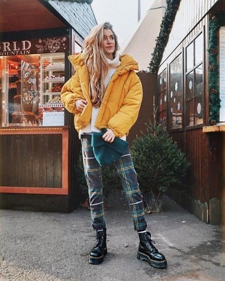 How to wear: yellow puffer jacket, white knit wool turtleneck, dark green plaid skinny pants, black chunky leather lace-up flat boots
