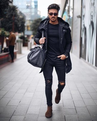 How to Wear Black Ripped Skinny Jeans For Men: A black raincoat and black ripped skinny jeans are your go-to outfit for weekend days. Brown suede chelsea boots are an easy way to transform this getup.