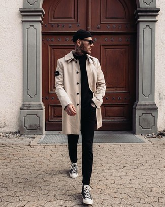 Beanie Outfits For Men: If the situation permits an off-duty getup, consider pairing a beige raincoat with a beanie. Feeling inventive today? Jazz things up by rounding off with black and white canvas high top sneakers.
