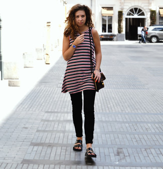 Marry a red and black horizontal striped tunic with black skinny jeans for a casual level of dress. Why not add black leather flat sandals to the mix for a more relaxed feel?