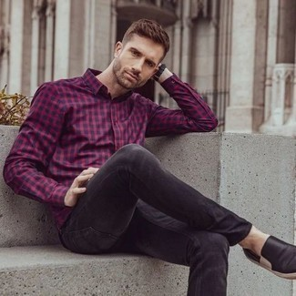 Black Leather Slip-on Sneakers Outfits For Men: A red and navy gingham long sleeve shirt and charcoal jeans are amazing menswear staples that will integrate perfectly within your daily casual lineup. A pair of black leather slip-on sneakers rounds off this ensemble very nicely.