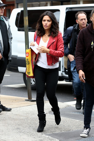 How to wear: red leather biker jacket, white v-neck t-shirt, black skinny jeans, black suede ankle boots