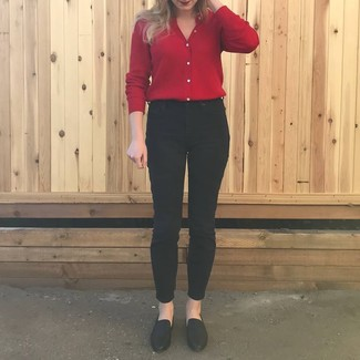 How to wear: red cardigan, black skinny jeans, black leather loafers