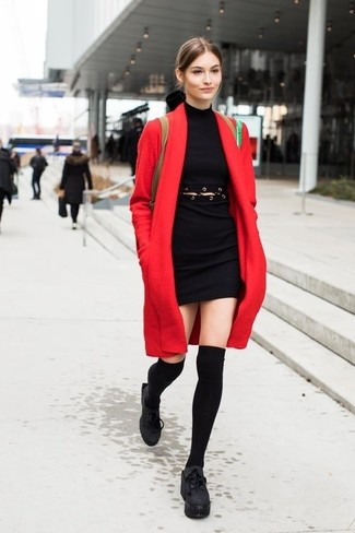 Consider teaming a red coat with a black eyelet bodycon dress to show off your styling smarts. Round off with chunky leather lace-up ankle boots and off you go looking gorgeous. When it's one of those bleak fall days, what better to cheer it up than a stylish getup like this one?