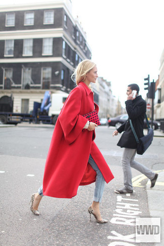 How To Wear Tan Pumps With a Red Coat | Women's Fashion