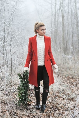 How to wear: red coat, white knit turtleneck, black skinny jeans, black rain boots