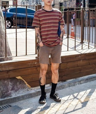 Red Horizontal Striped Crew-neck T-shirt Outfits For Men: A red horizontal striped crew-neck t-shirt and brown denim shorts teamed together are a sartorial dream for those dressers who prefer casually stylish looks. Complete this look with a pair of black canvas low top sneakers and you're all set looking amazing.