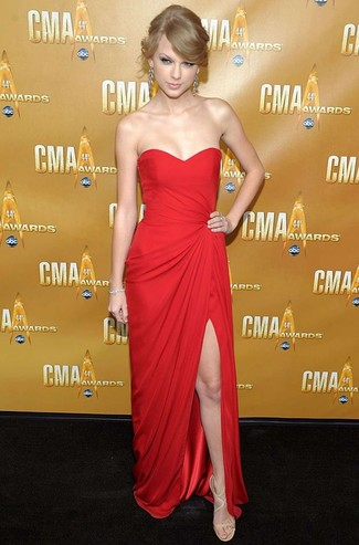 Taylor Swift wearing Red Evening Dress, Beige Leather Heeled Sandals, Silver Earrings