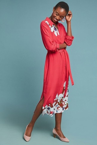 How to wear: red floral shirtdress, pink suede pumps, pink earrings