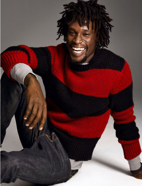 How to Wear a Red Horizontal Striped Crew-neck Sweater (8 looks ...