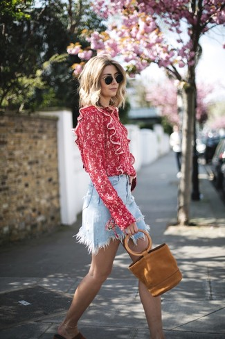 How to wear: red print long sleeve blouse, light blue denim mini skirt, red suede flat sandals, tobacco suede tote bag