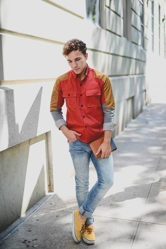 How to Wear Mustard Canvas Low Top Sneakers For Men: If you use a more laid-back approach to dressing up, why not consider wearing a red long sleeve shirt and light blue jeans? The whole getup comes together quite nicely if you introduce a pair of mustard canvas low top sneakers to the mix.