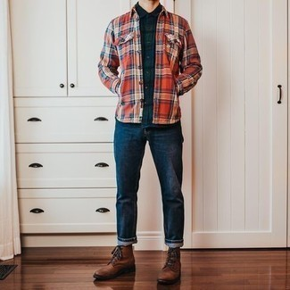 Navy Jeans Outfits For Men: If the situation allows laid-back dressing, consider pairing a navy plaid short sleeve shirt with navy jeans. Brown leather casual boots will put a different spin on your look.