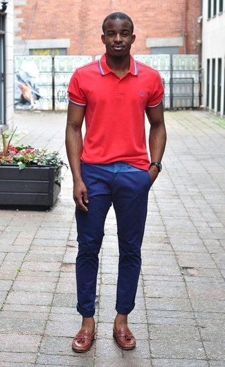 Go for a red polo and navy chinos to get a laid-back yet stylish look. Rocking a pair of Brooks Brothers men's Textured Tassel Loafers is a simple way to add some flair to your outfit. We can't get enough of this look for warm summertime days.