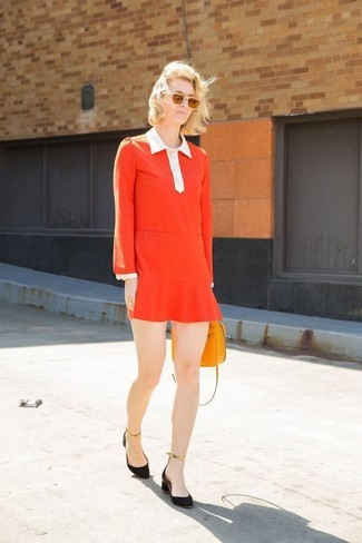 Swing into something classic yet trendy with a red shift dress and an orange leather crossbody bag. Consider black suede pumps as the glue that will bring your look together. When it's one of those gloomy fall afternoons, what better to cheer it up than a on-trend outfit like this one?