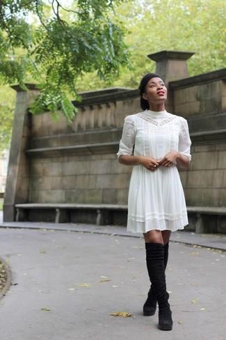 Robe blanche bottes noires