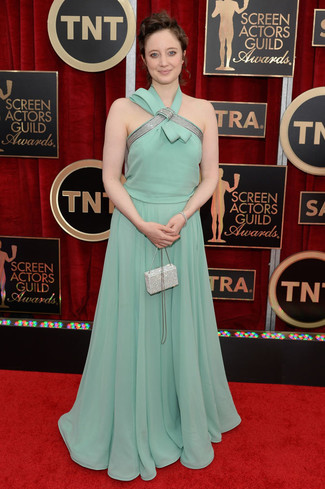 robe de soirée verte menthe longue et petit sac