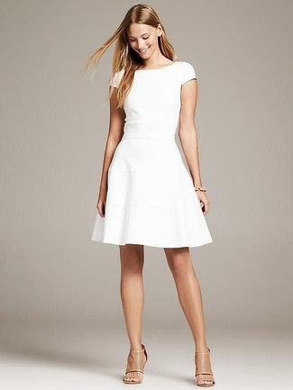 Robe style patineuse blanche