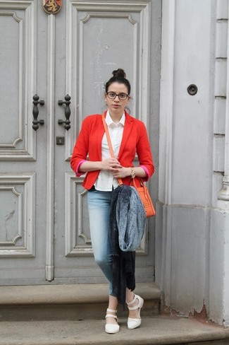 A red blazer and light blue skinny jeans are great staples that will integrate perfectly within your current looks. A good pair of white leather flat sandals are sure to leave the kind of impression you want to give.