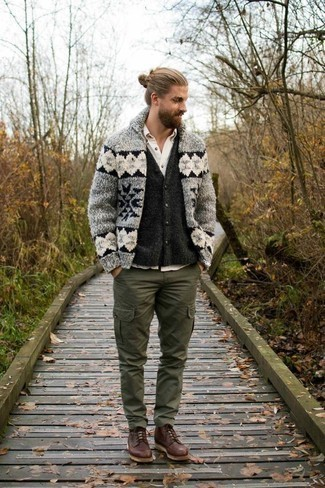 Charcoal Cardigan Outfits For Men: As you can see, it doesn't require that much effort for a man to look effortlessly smart. Just pair a charcoal cardigan with a charcoal cardigan and be sure you'll look incredibly stylish. Add brown leather casual boots to your ensemble and off you go looking killer.