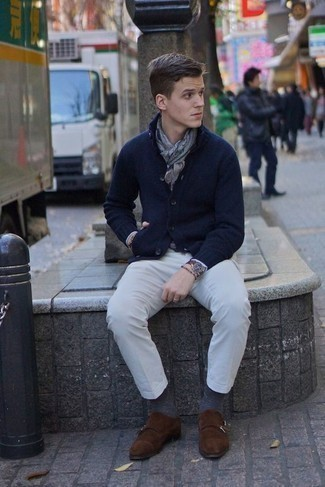 How to Wear Grey Socks For Men: We all look for functionality when it comes to styling, and this city casual combo of a navy shawl cardigan and grey socks is a great illustration of that. Go the extra mile and switch up your outfit by rocking dark brown suede double monks.