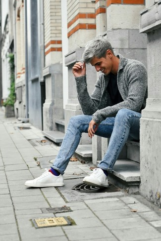 How to wear: grey shawl cardigan, black crew-neck t-shirt, light blue skinny jeans, white leather low top sneakers