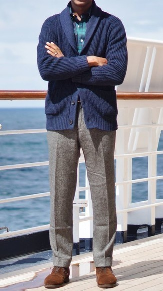 Grey Wool Dress Pants Outfits For Men: Combining a navy shawl cardigan and grey wool dress pants is a surefire way to breathe class into your day-to-day collection. Complement this look with brown suede oxford shoes et voila, the outfit is complete.
