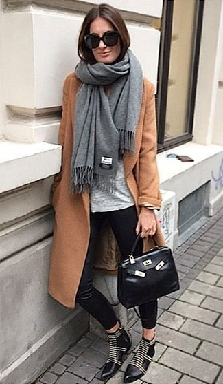 How to wear: grey shawl, tobacco coat, grey crew-neck t-shirt, black silk skinny pants