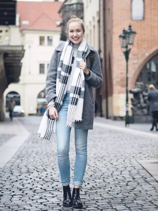 How to wear: grey plaid shawl, grey coat, grey turtleneck, light blue skinny jeans