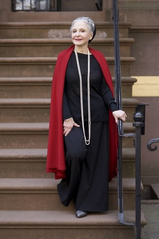 How to wear: red shawl, black crew-neck sweater, black wide leg pants, charcoal leather pumps