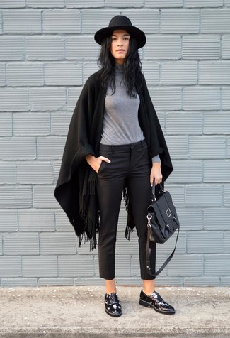 How to wear: black shawl, grey turtleneck, black capri pants, black chunky leather oxford shoes