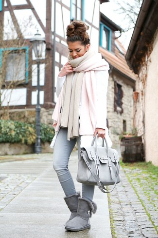 How to wear: pink shawl, white fur vest, white sweatshirt, light blue skinny jeans