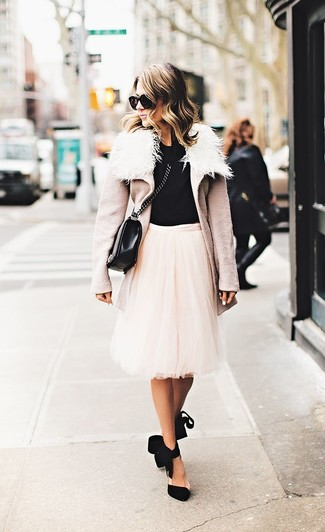 How to wear: beige shearling coat, black crew-neck t-shirt, beige tulle midi skirt, black suede pumps