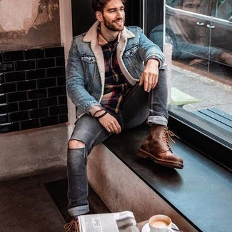 Multi colored Flannel Long Sleeve Shirt Outfits For Men: Marry a multi colored flannel long sleeve shirt with charcoal ripped jeans for a casual ensemble with a contemporary take. A pair of brown leather casual boots immediately smartens up any ensemble.