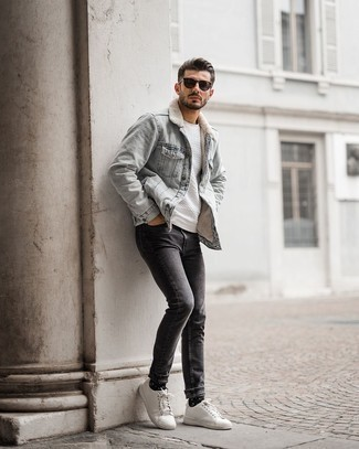 Black and White Print Socks Outfits For Men: Consider wearing a light blue denim shearling jacket and black and white print socks to assemble an interesting and laid-back outfit. To bring out a sophisticated side of you, choose a pair of white leather low top sneakers.