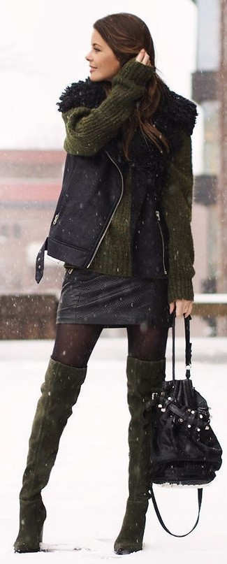 A black shearling vest and a black leather mini skirt are great staples that will integrate perfectly within your current looks. Dress down this look with olive boots. If it's one of those gloomy fall days, what better to brighten things up than a stylish look like this one?