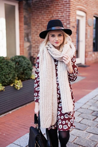 How to wear: burgundy floral shift dress, black leather backpack, black wool hat, beige knit scarf