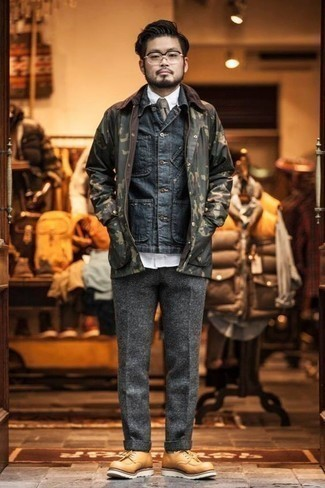 Men's Looks & Outfits: What To Wear In 2020: Wear a navy denim shirt jacket and grey wool dress pants for a stylish and refined look. Complement your look with tan leather derby shoes and ta-da: this ensemble is complete.