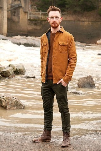 Leather Shoes with Dark Green Pants Outfits For Men: For an outfit that's smart and GQ-worthy, go for a tobacco shirt jacket and dark green pants. Finishing off with a pair of brown leather casual boots is a surefire way to breathe a hint of sophistication into this ensemble.