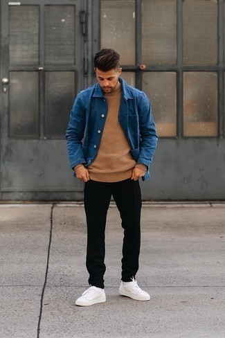 Tan Crew-neck Sweater Outfits For Men: To don an off-duty look with a modern twist, rock a tan crew-neck sweater with black chinos. Feeling creative today? Tone down your getup by finishing with a pair of white leather low top sneakers.
