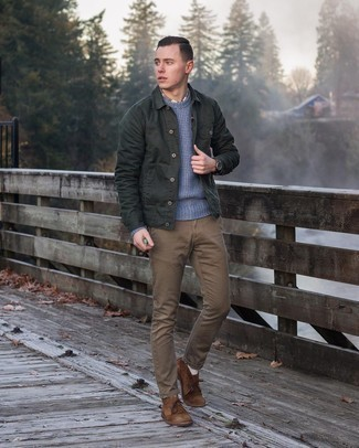 Dark Green Shirt Jacket Outfits For Men: Pair a dark green shirt jacket with brown chinos and you'll exude rugged refinement and polish. All you need is a nice pair of brown suede desert boots.
