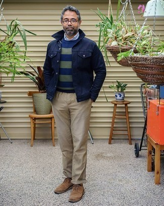 Navy Shirt Jacket Outfits For Men: A semi-casual combination of a navy shirt jacket and beige chinos can maintain its relevance in a myriad of circumstances. Why not complete your outfit with brown suede derby shoes for an added touch of style?