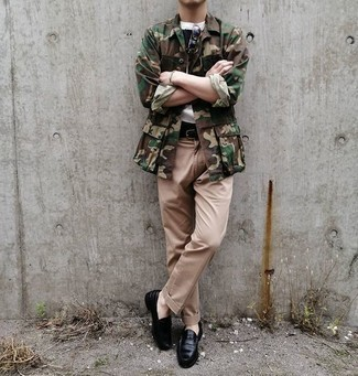 Khaki Chinos Outfits: An olive camouflage shirt jacket looks so great when teamed with khaki chinos in a laid-back outfit. On the fence about how to finish this getup? Rock a pair of black leather loafers to up the fashion factor.