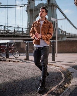 Men's Outfits 2020: To create a casual outfit with a twist, make a tobacco suede shirt jacket and charcoal jeans your outfit choice. When not sure as to what to wear in the footwear department, go with a pair of black leather casual boots.